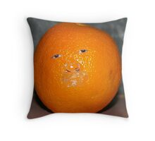 Vitamin C-365/76-25.3.08- Throw Pillow