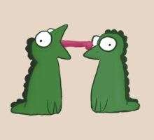 Lizard Love  by magicbubblepipe