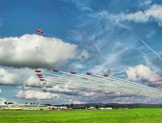The Reds Break For Landing - Dunsfold 2008 by Colin J Williams Photography