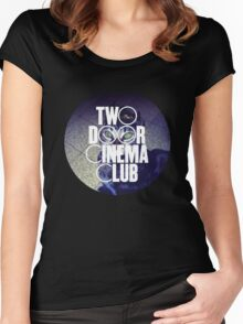 TWO DOOR CINEMA CLUB - TOURIST HISTORY Women's Fitted Scoop T-Shirt