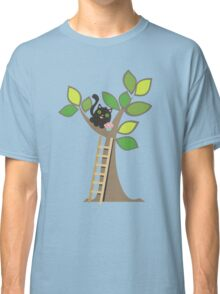 Cute kawaii cat in tree with cupcake Classic T-Shirt