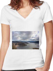 0262 Lake Eildon, Victoria Women's Fitted V-Neck T-Shirt