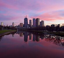 Melbourne CBD on dusk by becmcinnes