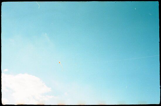 A Kite In The Sky by Photonmixer