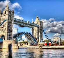 Tower Bridge and the Waverley by DavidHornchurch