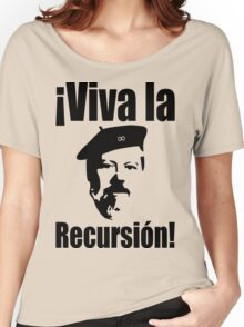 Dennis Ritchie: ¡Viva la Recursión! - Black on Red Design for Programmers Women's Relaxed Fit T-Shirt