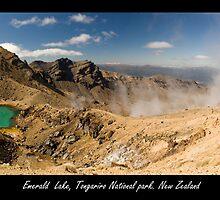 Emerald Lake at Tongariro Alpine Crossing by PePhotography