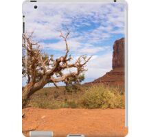 Scraggy tree iPad Case/Skin