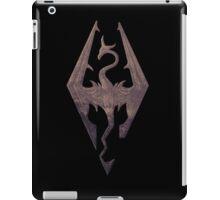 The Skyrim Symbol - Sky Background Detail Filter iPad Case/Skin