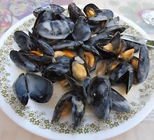 Mussels in cream sauce by Carol Dumousseau