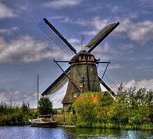 Going Dutch - Les moulins de Kinderdijk  (Enlarge) by John44