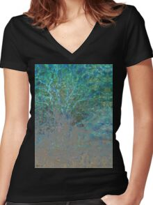 i am The Tree of Life Women's Fitted V-Neck T-Shirt