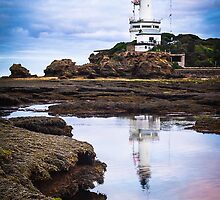Point Lonsdale Lighthouse by Julie Begg