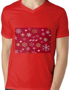 To Mum At Christmas Greeting With Snowflakes  Mens V-Neck T-Shirt