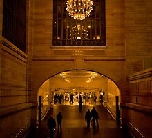 Through the Hallway - Grand Central Terminal  by sxhuang818