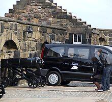 Cannons at Half Moon Battery inside Edinburgh Castle and van by ashishagarwal74