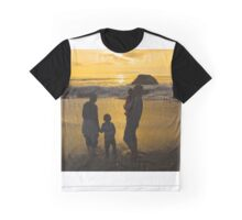 Silhouettes in Gold Graphic T-Shirt