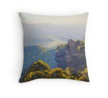 Katoomba Cliffs Throw Pillow