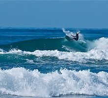 off the lip - main beach, lennox head by michelle mcclintock