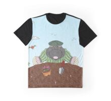 Country Mole Graphic T-Shirt
