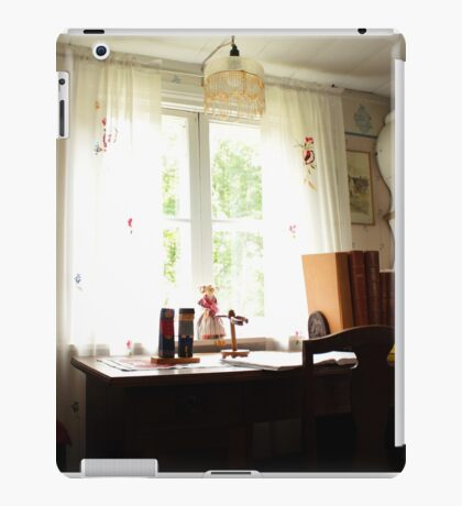 The white office iPad Case/Skin