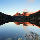 Solo at Cradle Mountain by tinnieopener