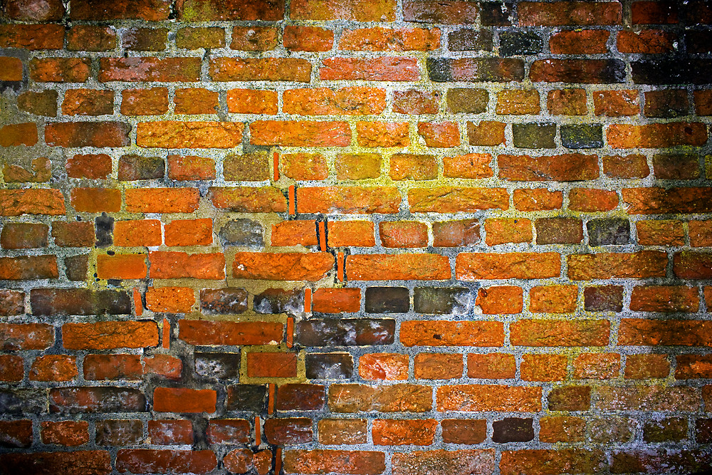 The red and yellow brick wall  by sanyi