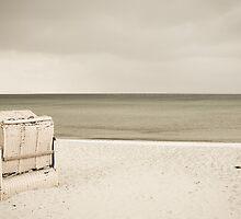 silence by Iris Lehnhardt