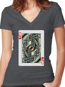 ALIEN QUEEN OF HEARTS Women's Fitted V-Neck T-Shirt