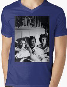 Rascal Mens V-Neck T-Shirt