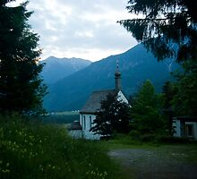 Little chapel in the mountains  by steppeland