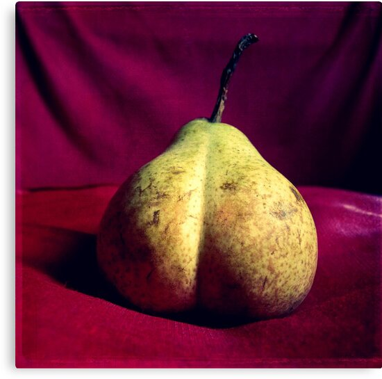 Pear Derrière by Kitsmumma