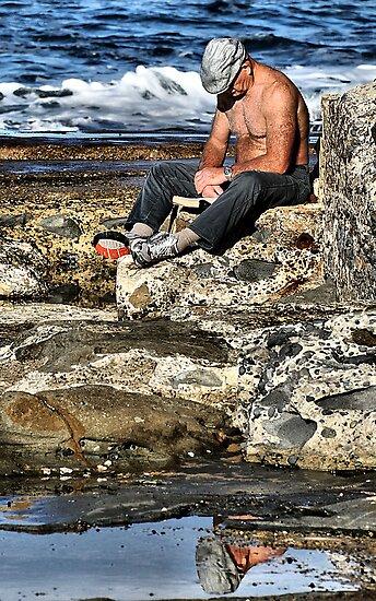 Relaxing - Newcastle Baths NSW Australia by Bev Woodman