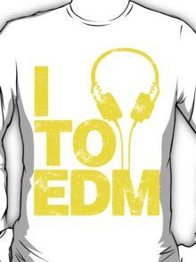 I Listen to EDM (yellow) T-Shirt