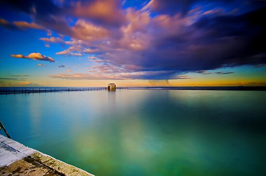 Incoming Storm- Merewether Ocean Baths #2 by bazcelt