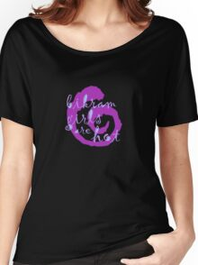 yoga girls are hot Women's Relaxed Fit T-Shirt