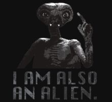 "Lisbeth's ""I AM ALSO AN ALIEN."" T-Shirt by moviebrands"