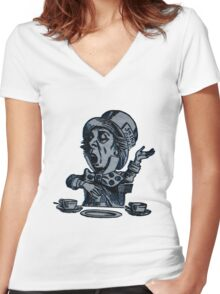 Alice In Wonderland Women's Fitted V-Neck T-Shirt