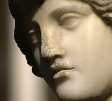 Portrait of a block of marble | Athena's face after more than 100 years in the open by Fraizkonzept