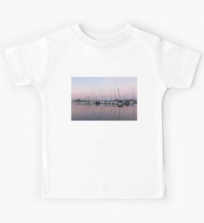 Marina in Pink - Peaceful Boat Reflections Kids Tee