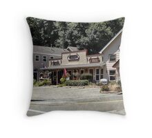 Roadside tourist trap Throw Pillow