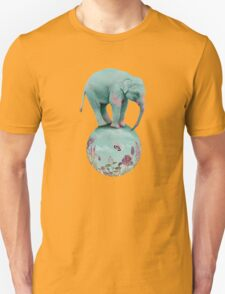 Mauve flowers on turquoise sky background T-Shirt