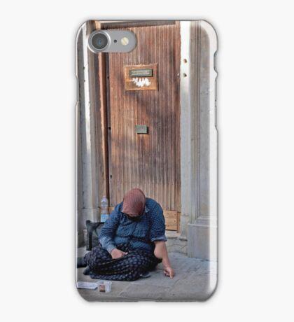 Donna Che Ha Bisogno iPhone Case/Skin