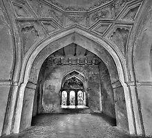 The arches of Sajja Kothi - Fort Panhala by Prasad