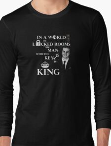 The man with the key is king 2 Long Sleeve T-Shirt
