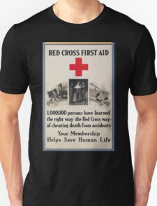 Red Cross first aid 1000000 persons have learned the right waythe Red Cross wayof cheating death from accidents T-Shirt