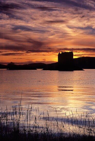 Sunset, Castle Stalker by Simon Bowen