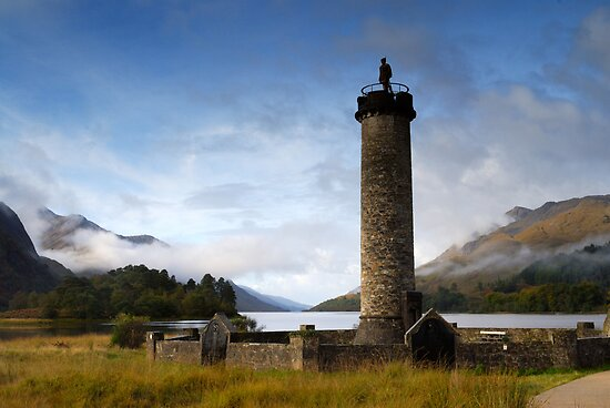Glenfinan Monument by Simon Bowen