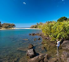 Kelly Beach - Bargara - Australia by Anthony Wilson