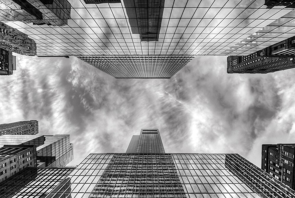 Giants by phototherapy318